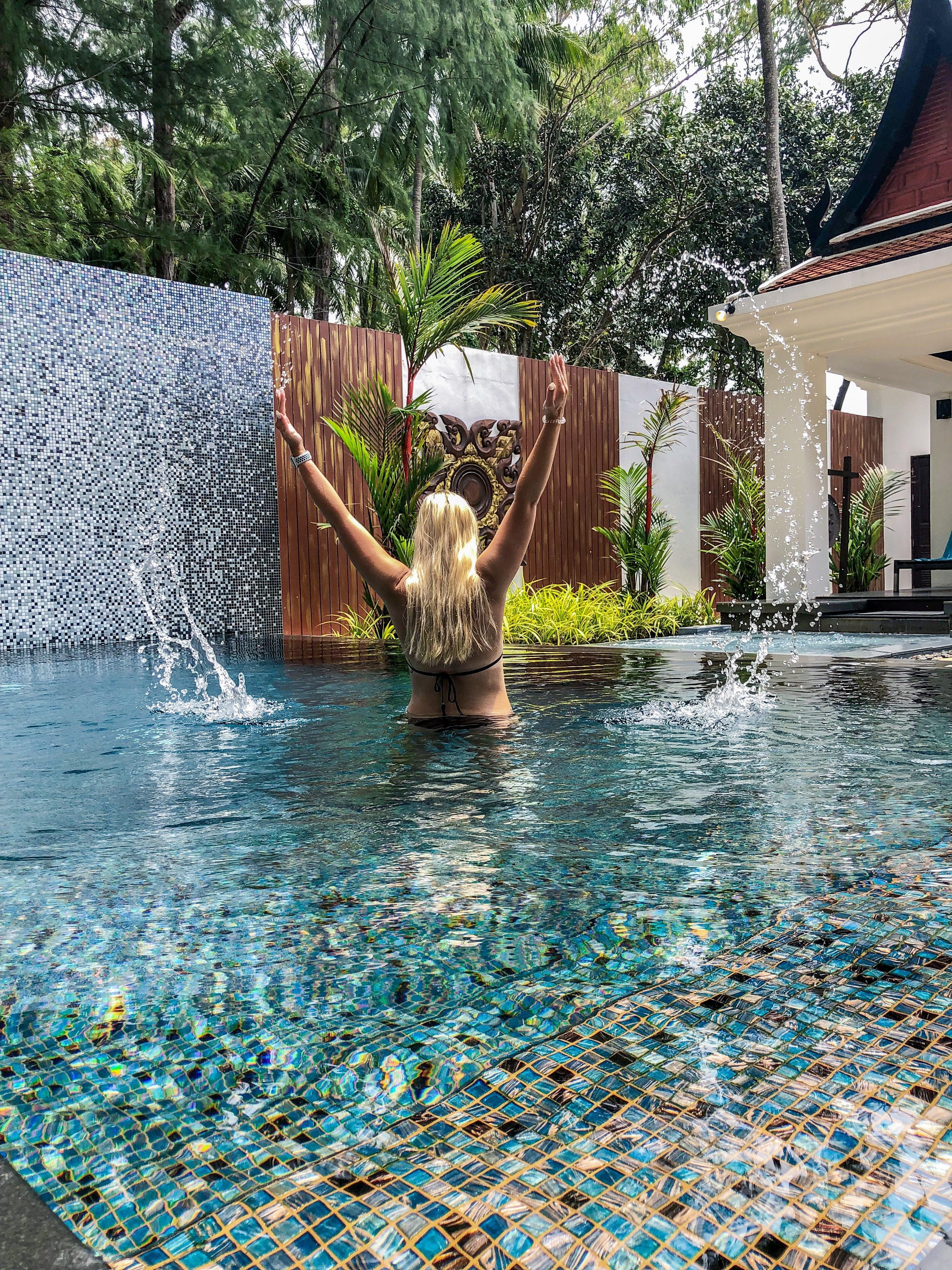 Private pool villa Maikhao